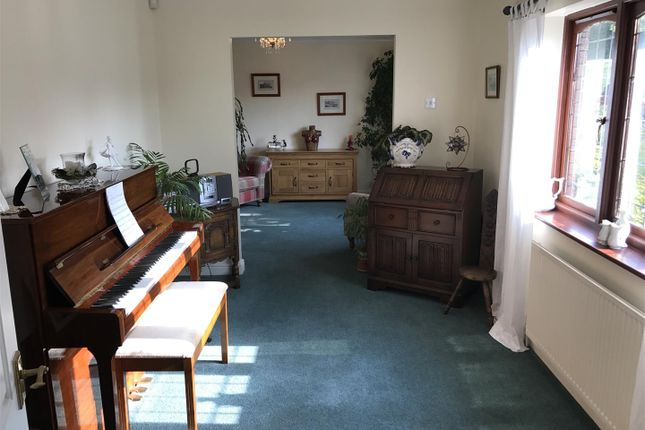 Music Room of Waunfarlais Road, Llandybie, Ammanford SA18
