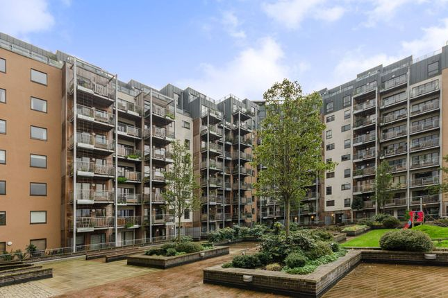 Thumbnail Flat to rent in Seren Park Gardens, Blackheath