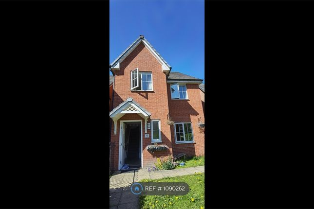 3 bed detached house to rent in Keswick Street, Rochdale OL11