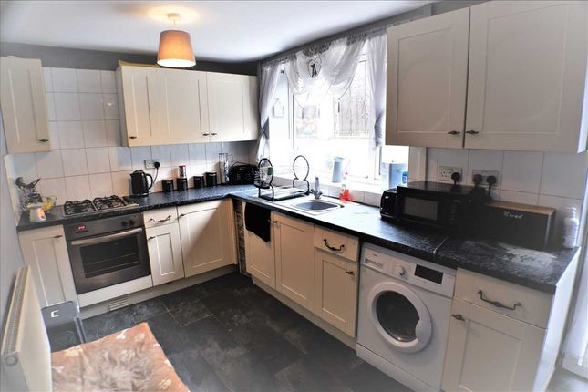 Kitchen/Diner of The Avenue, Pontygwaith, Ferndale CF43
