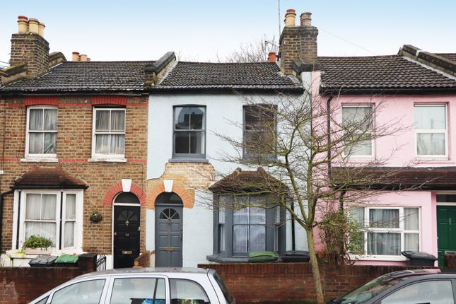 2 bed terraced house to rent in Cumberland Road, Alexandra Park Borders, London N22