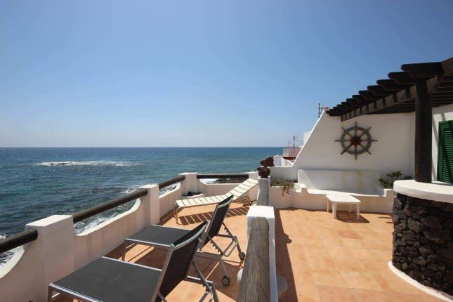 Apartments for sale in Costa Teguise, Teguise, Lanzarote ...