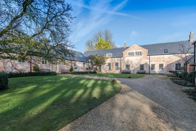 Thumbnail Barn conversion to rent in Gloucester Street, Malmesbury