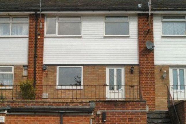 Thumbnail Maisonette to rent in Liphook Road, Lindford, Bordon