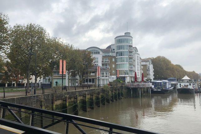 Point Pleasant, London SW18