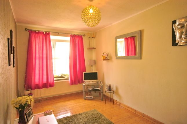 1 bed flat to rent in Bakers Court, Clive Road, Canton CF5
