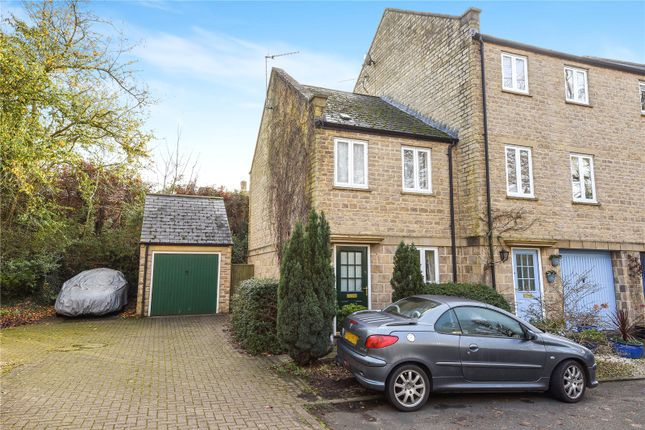 Thumbnail Property to rent in Cotshill Gardens, Chipping Norton