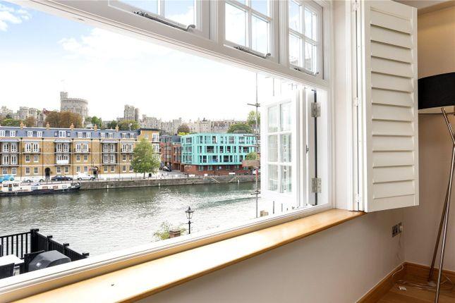 Thumbnail Flat for sale in Kings Quay, 33-36 King Stable Street, Eton, Windsor