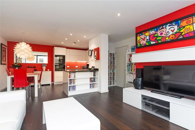 Thumbnail Flat for sale in Britton Street, London
