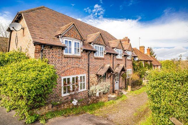 Thumbnail Cottage to rent in 2 Sarsens Cottages, East Ilsley