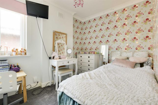 18440 of Kingswell Road, Arnold, Nottinghamshire NG5
