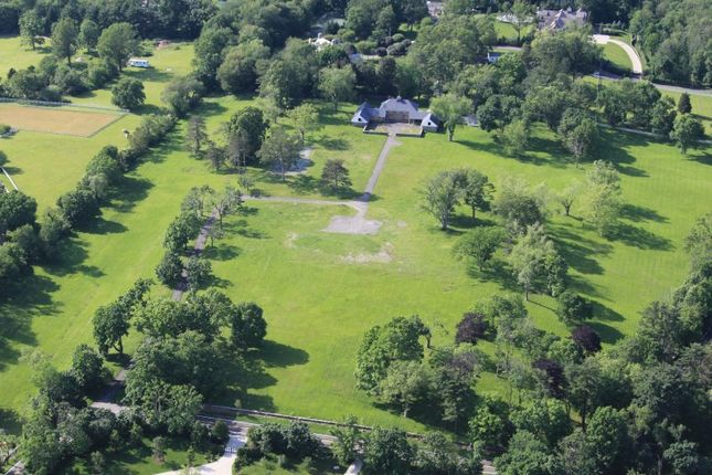 Thumbnail Property for sale in 500 Round Hill Road, Greenwich, Ct, 06831