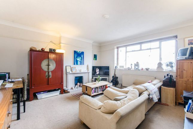 Thumbnail Flat for sale in Willesden Lane, Brondesbury Park