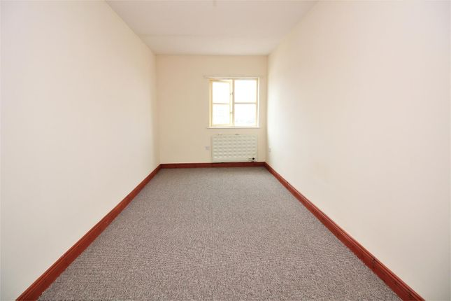 1 bed flat to rent in Regent Place, Ilfracombe EX34