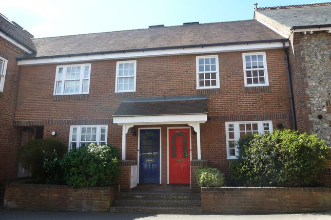 Thumbnail Flat to rent in St. Georges Mews, Farnham