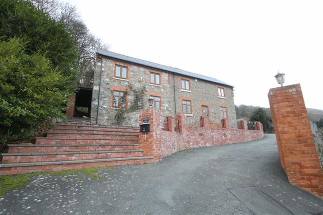 Thumbnail Detached house to rent in Middletown, Welshpool