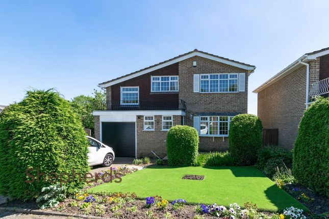 Thumbnail Detached house for sale in Blackdale, West Cheshunt, Hertfordshire