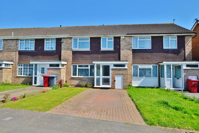 3 bed end terrace house for sale in Briar Way, Slough
