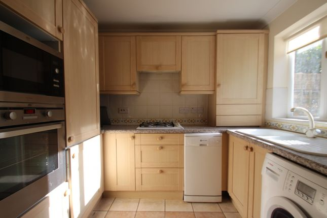 Thumbnail Town house to rent in Cambridge Place, Cambridge