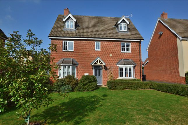 Thumbnail Detached house for sale in Livings Way, Stansted