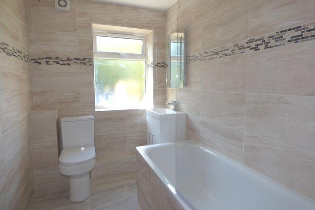 2 bedroom flat for sale in Eldred Road, Barking