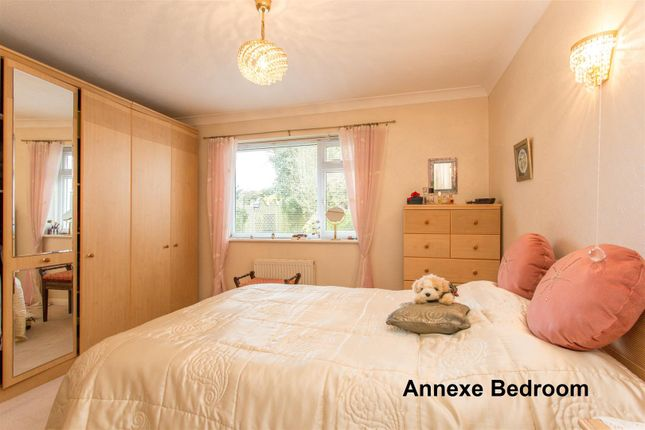 Annexe Bedroom of Eastbourne Road, Seaford BN25