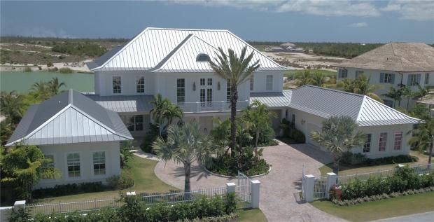 6 bed property for sale in Tee Time, Albany, Nassau