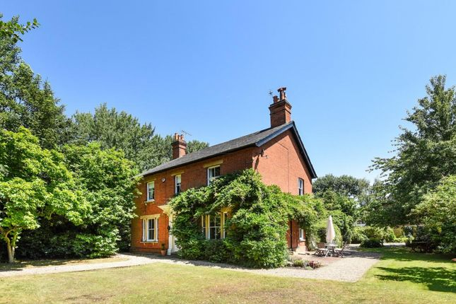 Thumbnail Detached house for sale in St Marks Road, Binfield