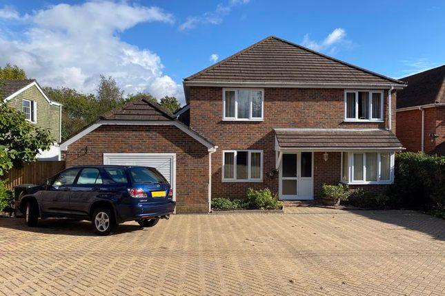 Thumbnail Detached house for sale in Dodwell Lane, Bursledon, Southampton