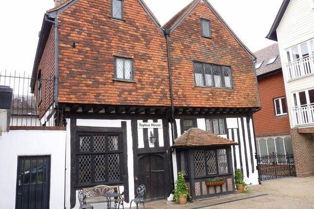 Thumbnail Semi-detached house to rent in High Street, Edenbridge