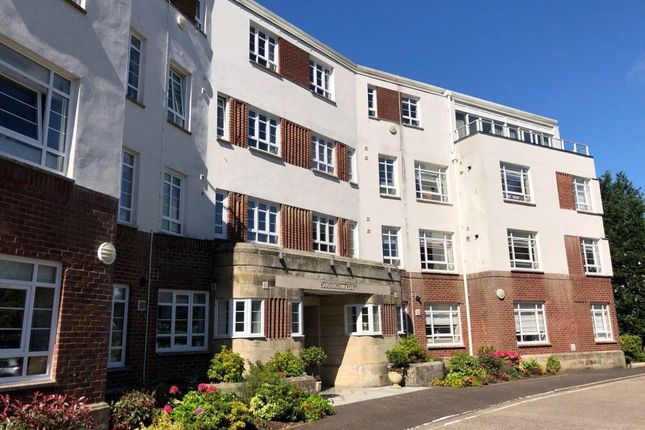 Thumbnail Flat to rent in Sandringham Court, Newton Mearns