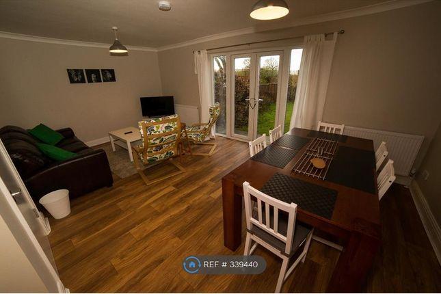 Room to rent in Middleton Road, Morden