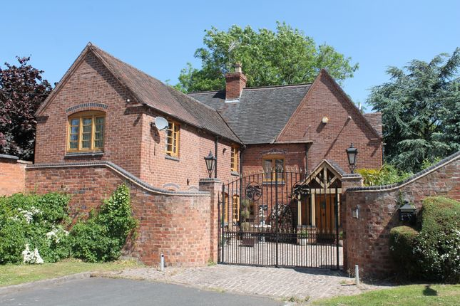 4 bed detached house for sale in Cedar Tree Close, Stourport-On-Severn