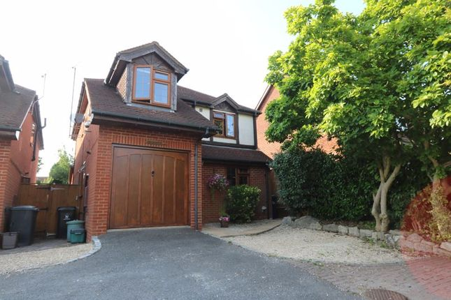 Thumbnail Detached house for sale in Sawpit Hill, Hazlemere, High Wycombe