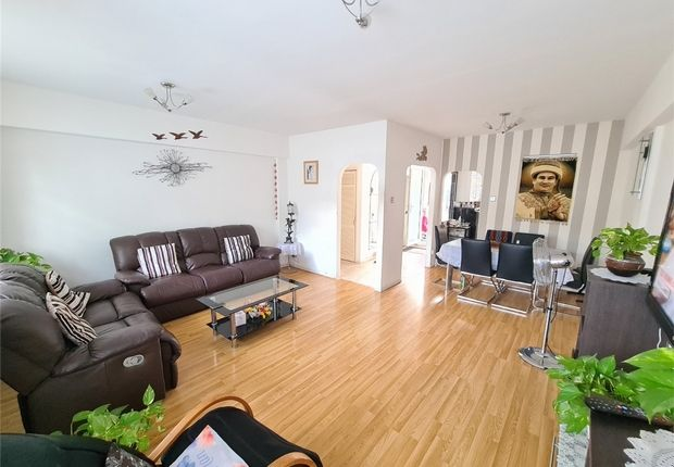 Thumbnail Flat to rent in Viceroy Close, East Finchley