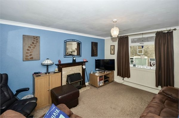 Flat for sale in Station Road, Hadfield, Glossop, Derbyshire