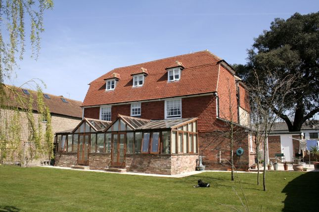 Thumbnail Detached house for sale in Winchelsea Road, Rye