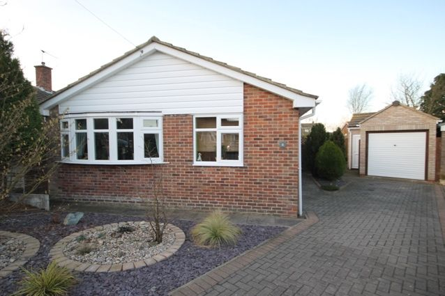 Thumbnail Bungalow for sale in Rosemoor Close, Hunmanby, Filey