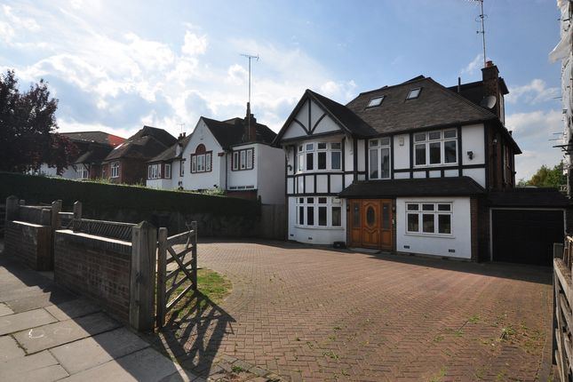 Thumbnail Detached house for sale in Nether Street, North Finchley