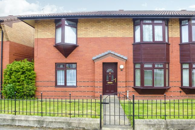 Thumbnail Flat for sale in Staveley Road, Hull