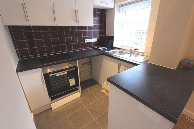 Thumbnail Flat to rent in Stanton Road, Sapcote, Leicester