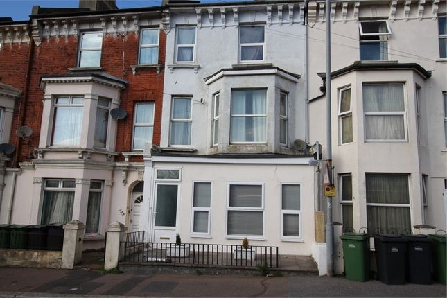Thumbnail Flat to rent in Mount Pleasant Road, Hastings, East Sussex