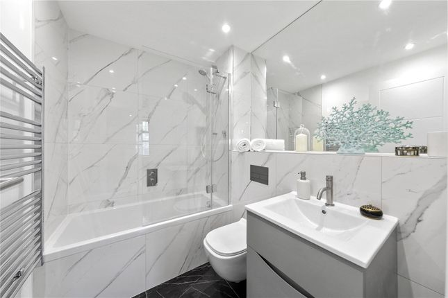 Modern Bathroom of Abbeville Place, Abbeville Road, Clapham, London SW4