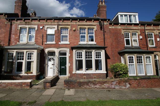 Thumbnail Terraced house to rent in Grove Gardens, Headingley, Leeds