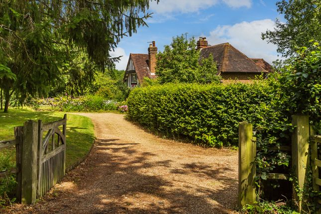 Thumbnail Semi-detached house for sale in Uckfield Lane, Hever