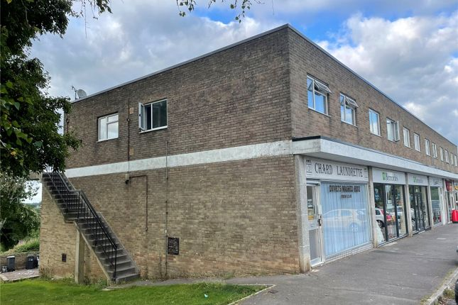 2 bed flat for sale in Avishayes Road, Chard, Somerset TA20