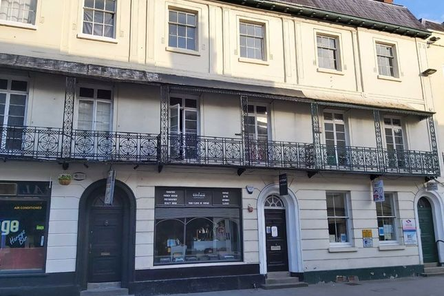 Retail premises to let in Widemarsh Street, Hereford, Herefordshire