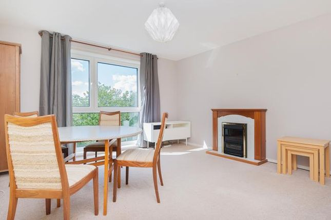Thumbnail Flat to rent in Craigmount Hill, Edinburgh