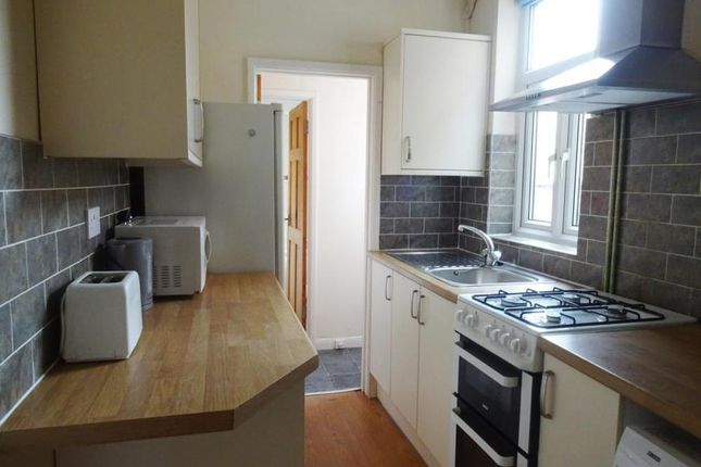 Thumbnail Terraced house to rent in Edward Road, Clarendon Park, Leicester