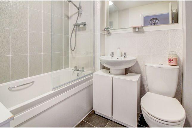 Bathroom of Queslett Way, Birmingham B42